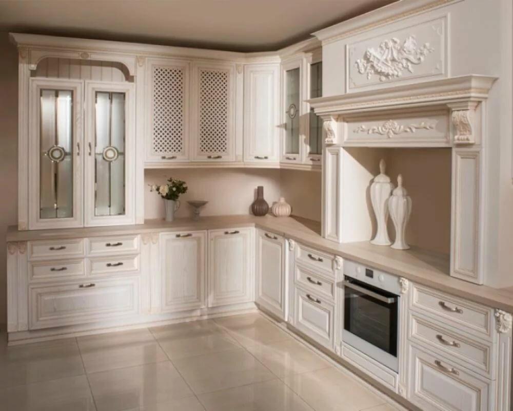 располагается кухни с витринами в классическом стиле фото циники