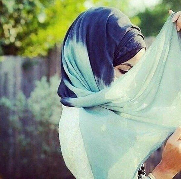 Картинки с надписью девушки в хиджабе, дню босса открытка