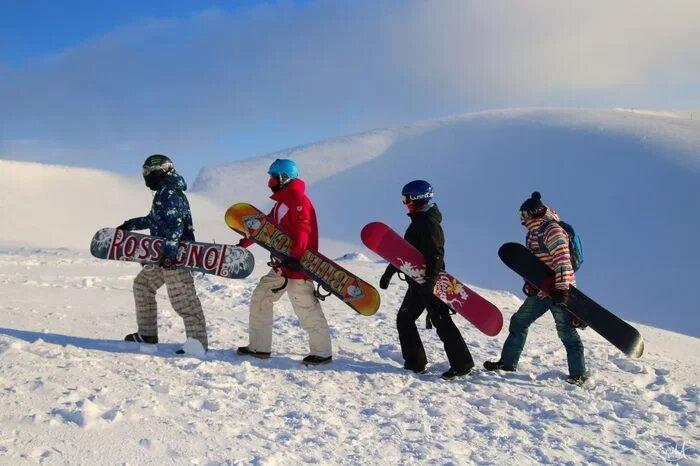 Сноутур в Кировск: кемпинг с обучением на Большом Вудъявре для любителей сноуборда и горных лыж