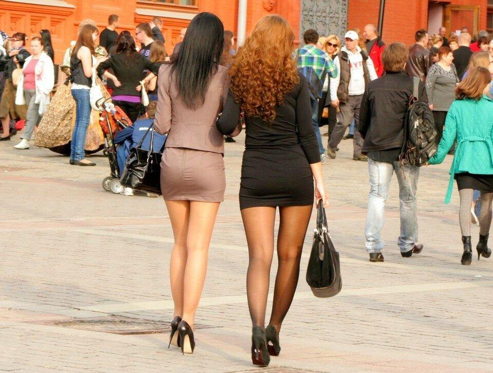 Видео зрелые тела на улице