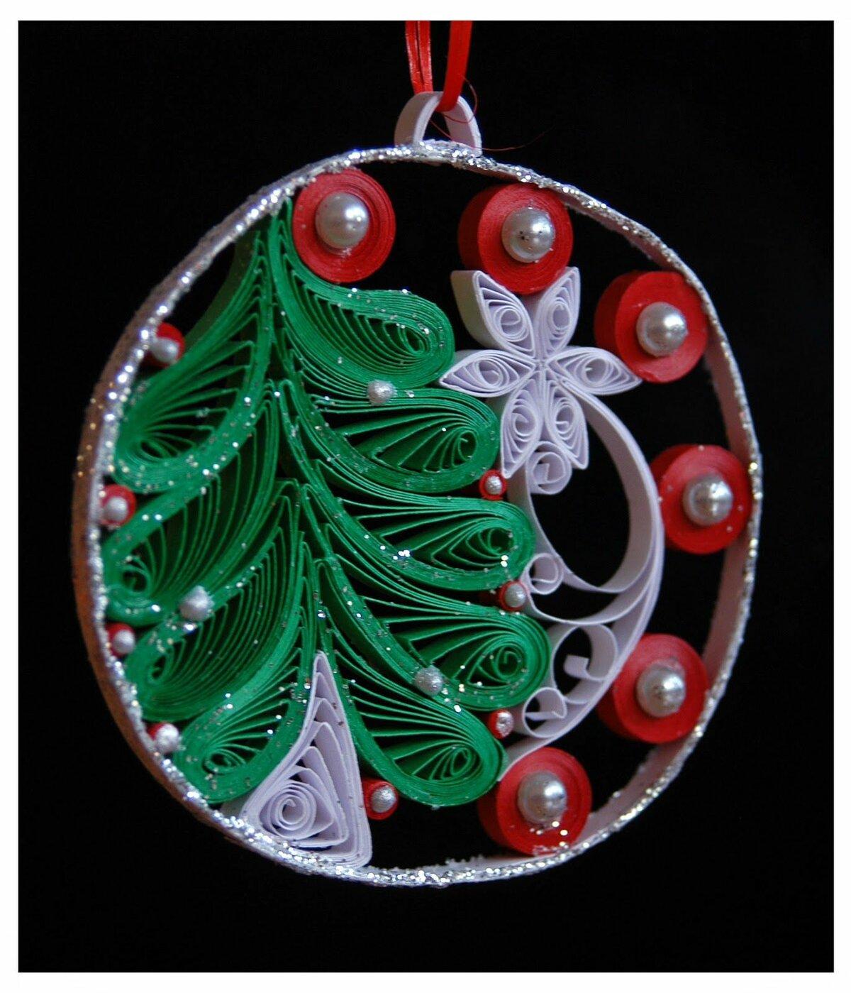 Поля, украшение из открыток на елку