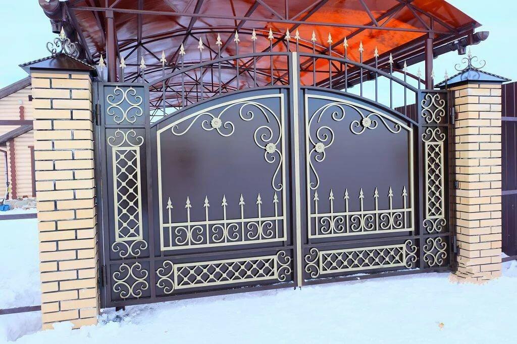 Кованые ворота и заборы фото лучшие