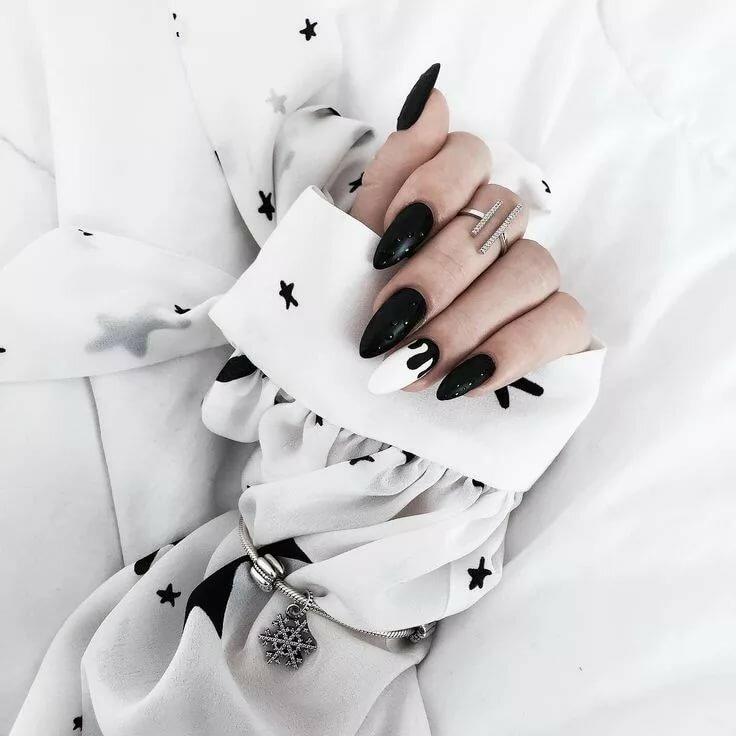 являясь картинки белых ногтей на руках готового