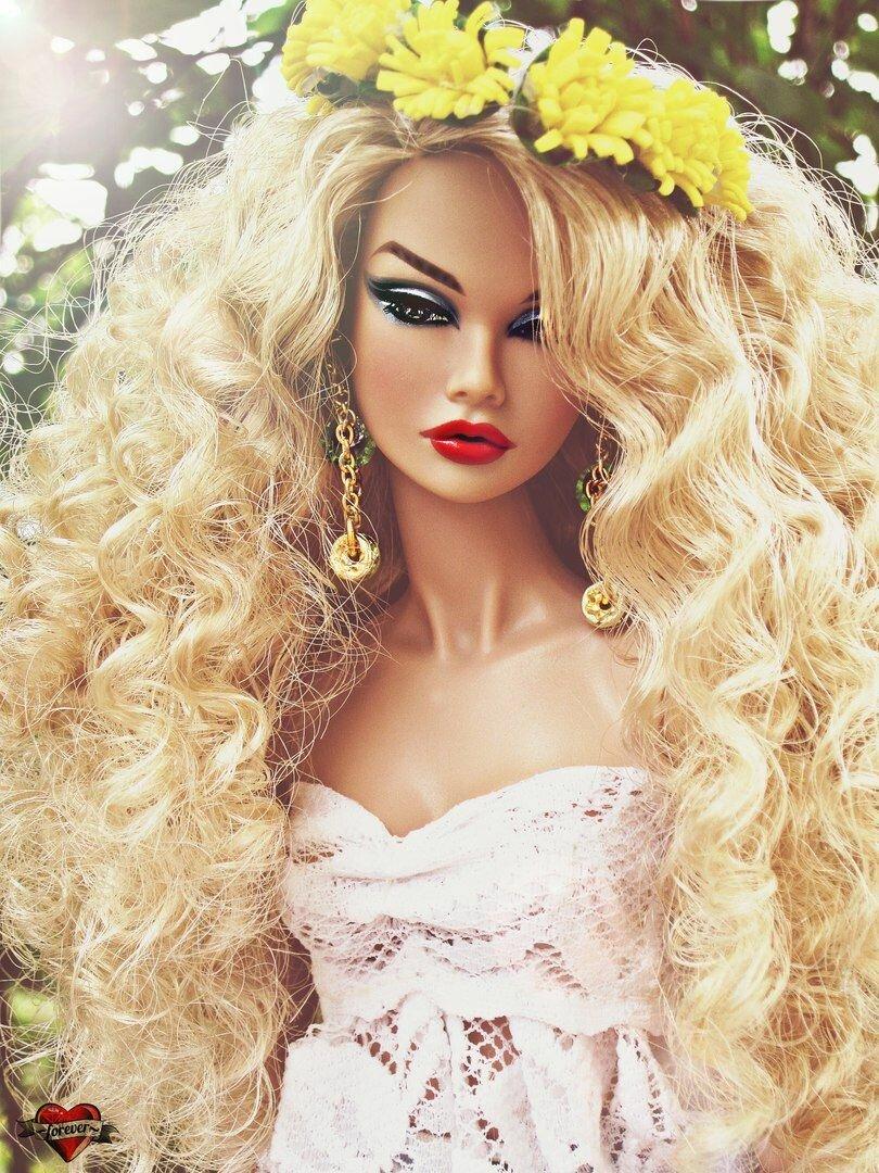 Картинки про красивых кукол барби