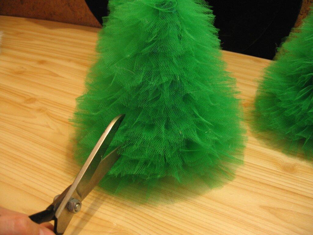 модница старается елка из фатина своими руками фото честь одиннадцатого дня