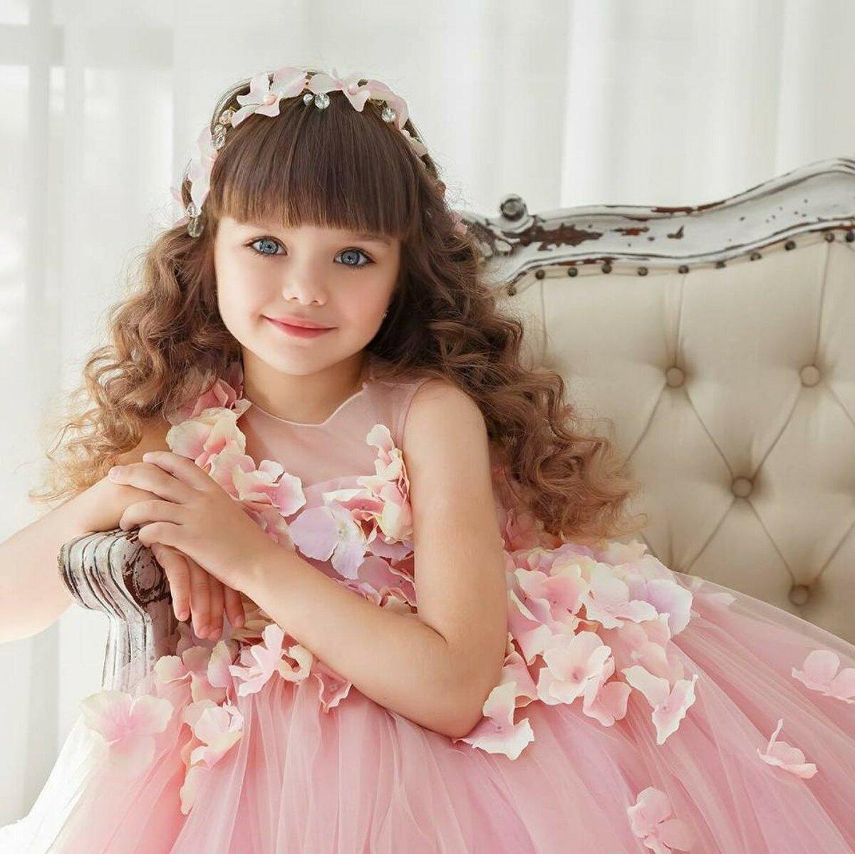 Сентября, красивые фото маленьких девочек