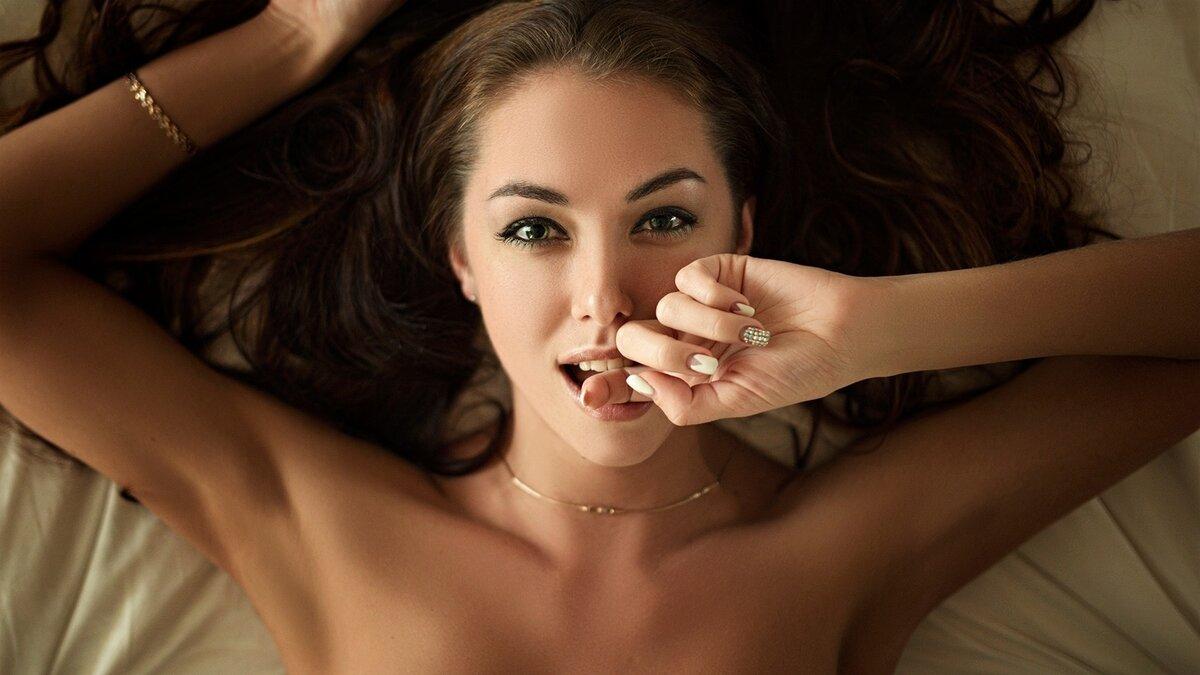 Hot naked girls finger themself winslet porn