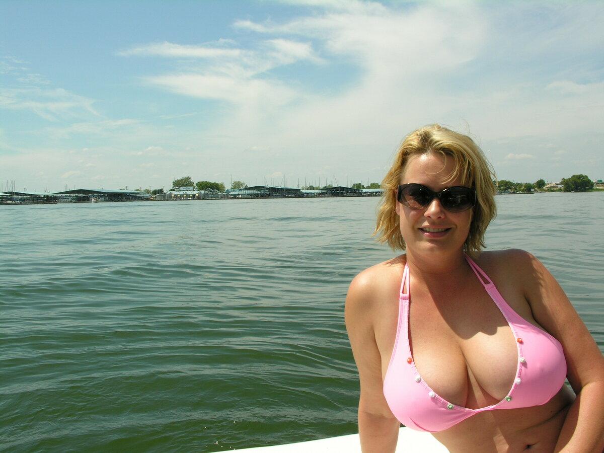 У моей тети грудь