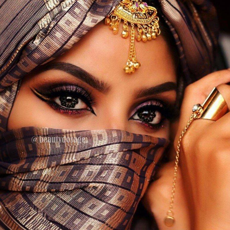 Красивое фото восточных девушек #14