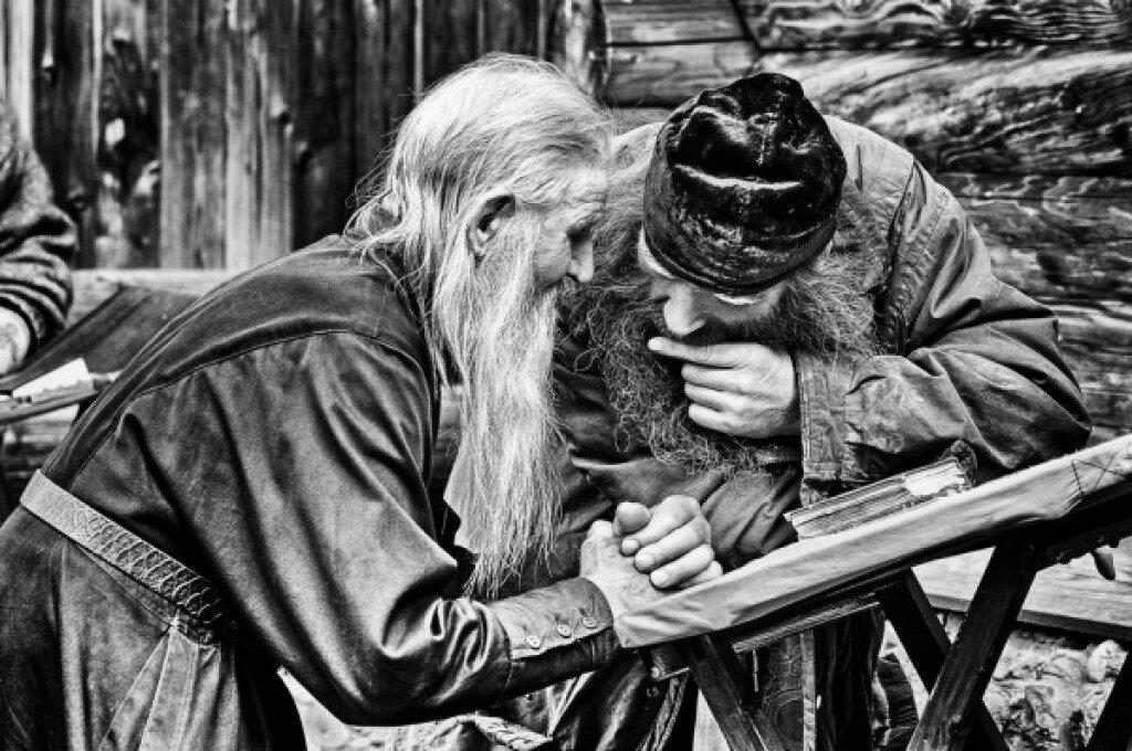 два путника монаха картинка аполония поняла, что