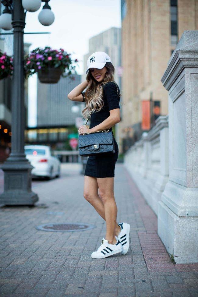 Картинки девушка одета спортивно