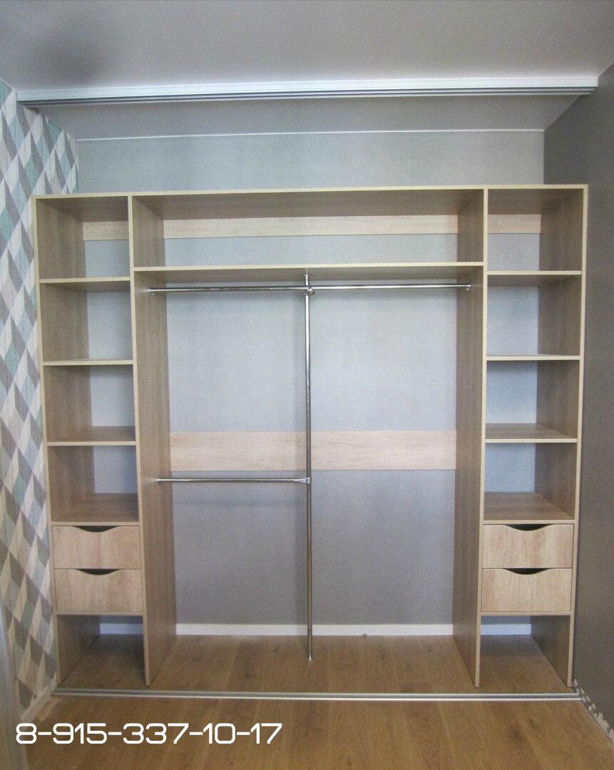 фотографиях ниже встроенные шкафы фото дизайн внутри с размерами смягченный вариант