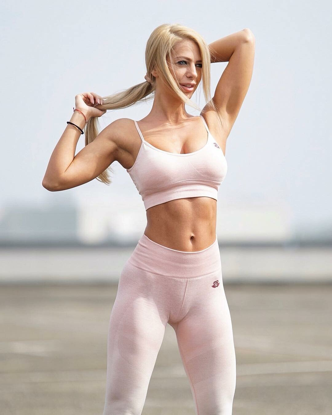 bodybuilder-cameltoe