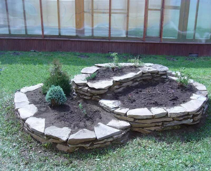 садовый картинки клумб из природного камня делать