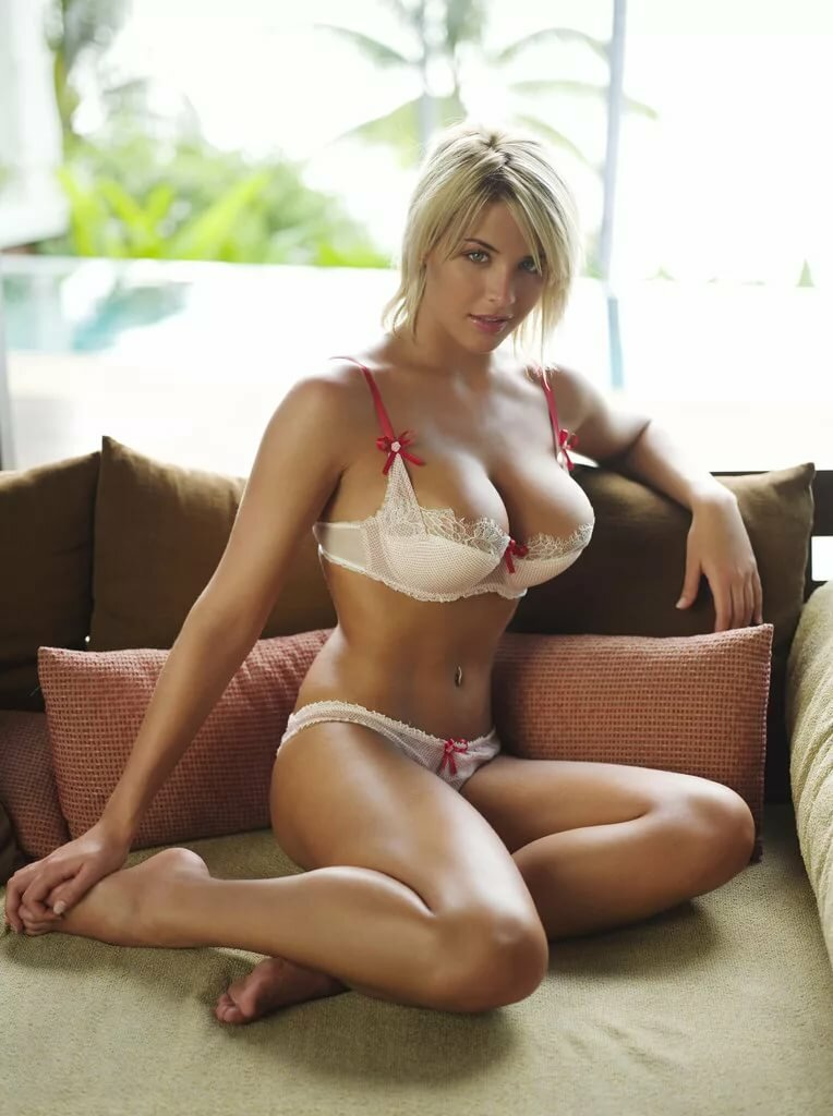Isabelle Clarke Real Amateur Hot Girls Waiting To Get Wet Pichunter 1