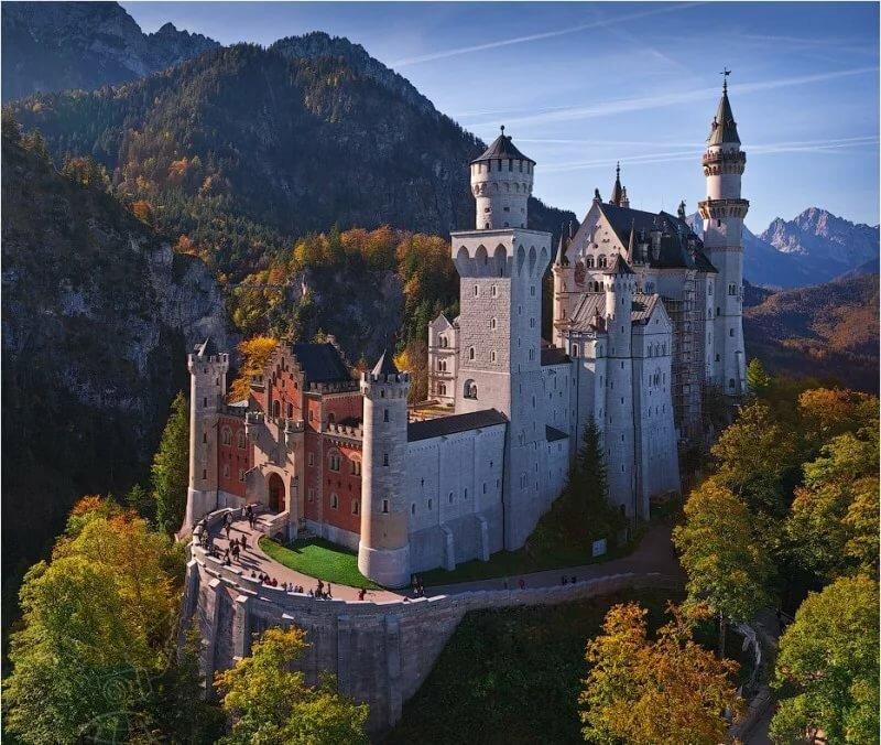 фотографии замков мира сравнению