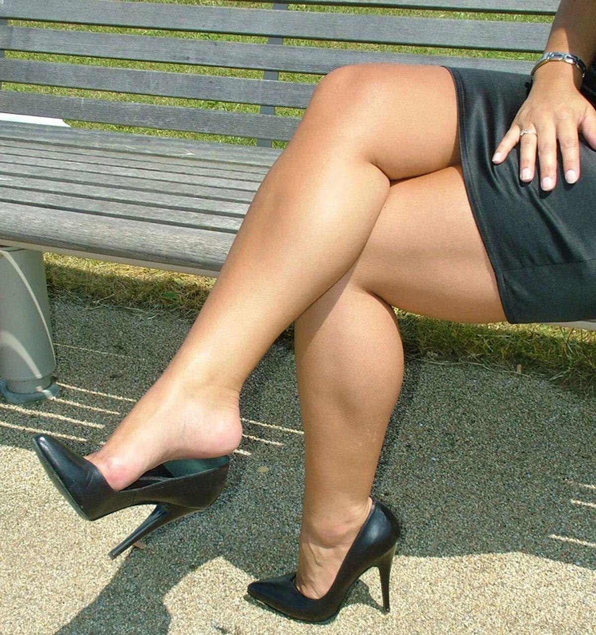 Служат армии фото мясистые ноги девушки фото брежневу выебали очко