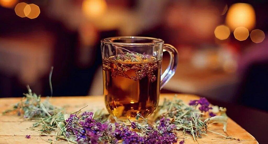 Чай с чабрецом — прекрасная замена обычным напиткам при грудном вскармливании