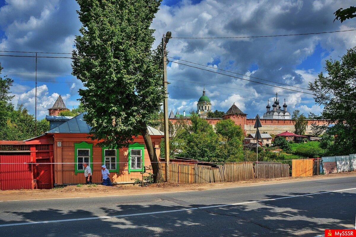 Фото высокого разрешения городских парков россия красотой