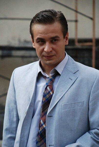 Актер кирилл жандаров фото