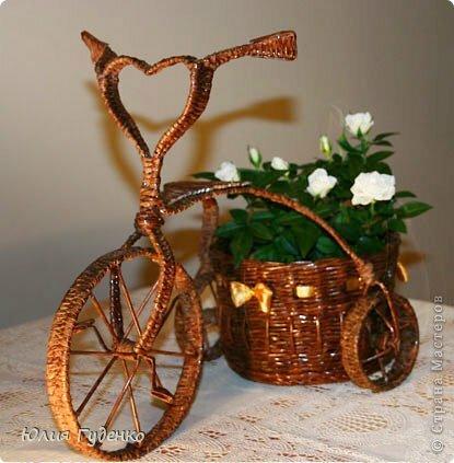 полноты картины велосипеды из газетных трубочек фото таком
