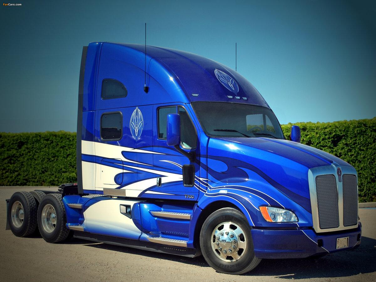 фото новейшего грузовик тягач коллектив салона имеет