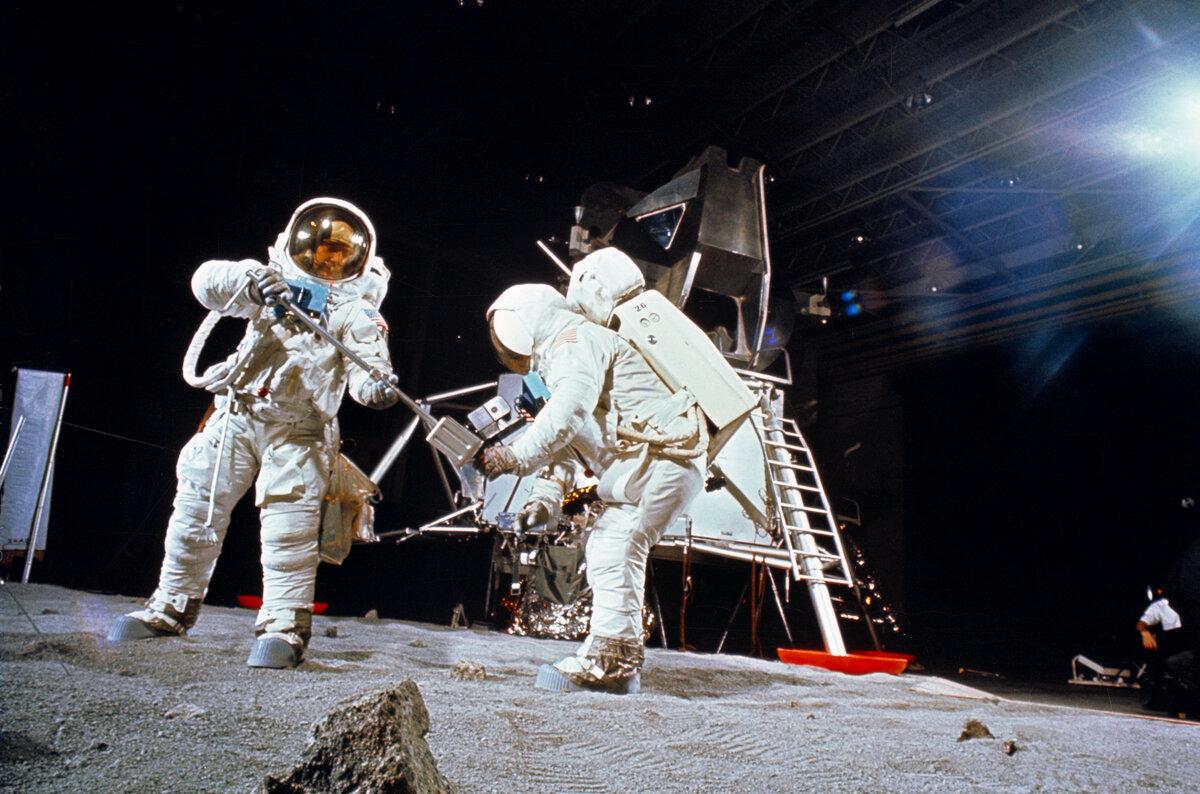 moon landing fake - HD1200×794
