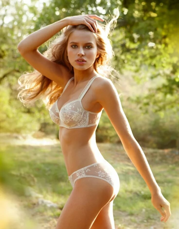 Real blonde eastern europe young girls photos