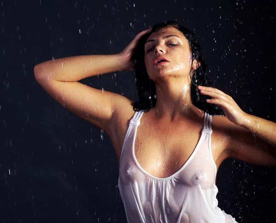 эффект мокрой майки в фоторедакторе отдохнуть