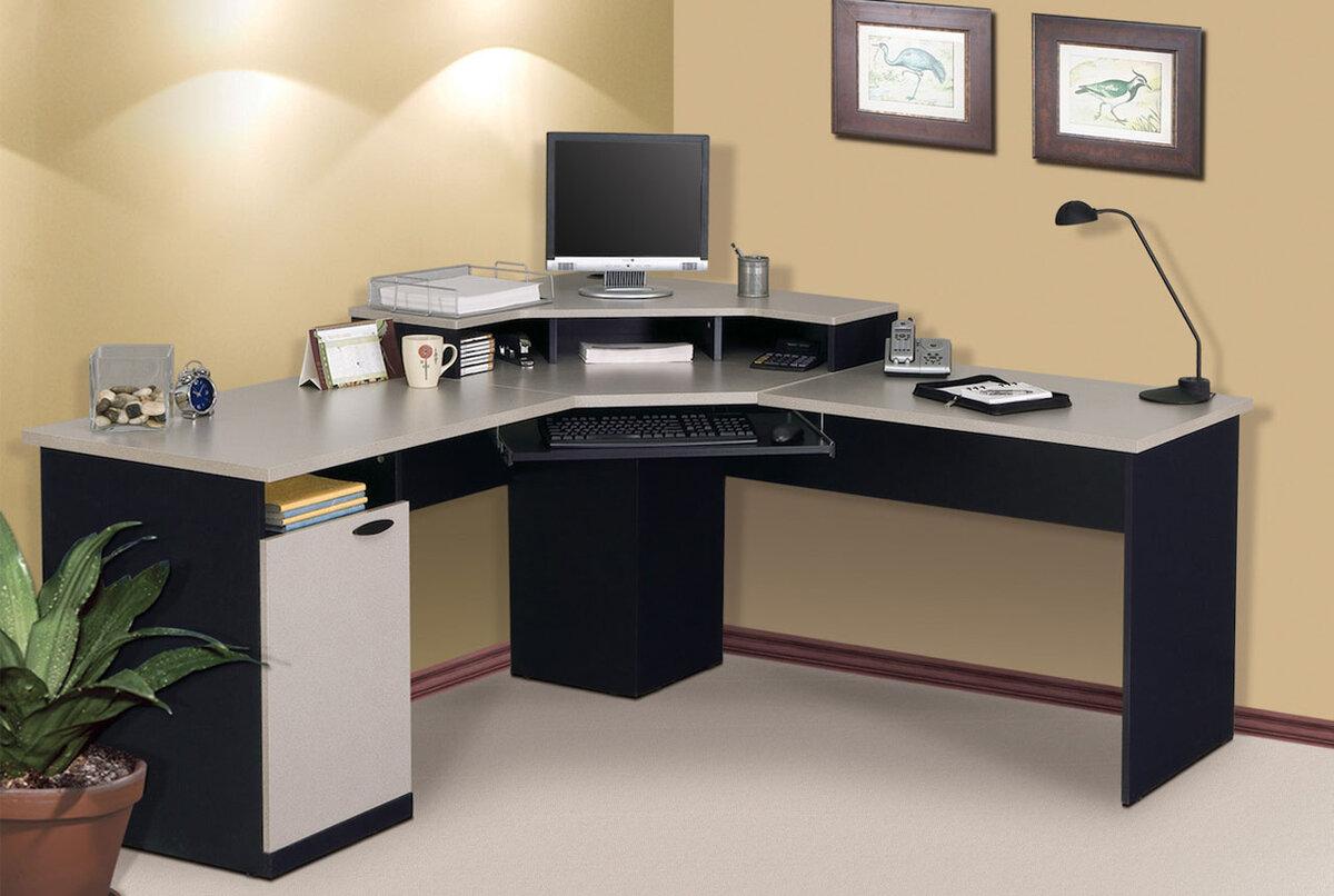 Игровой компьютерный стол своими руками