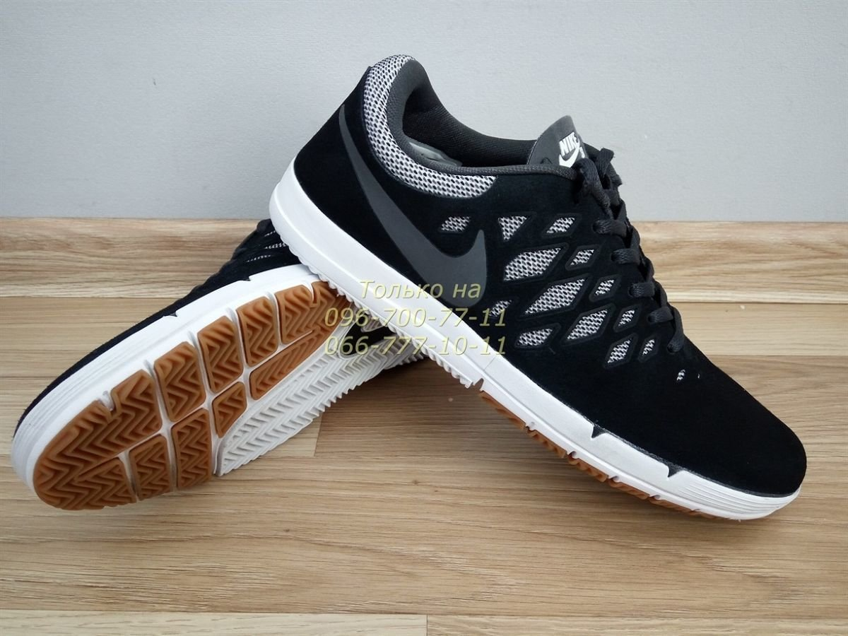 Витрина кроссовок Nike. Купить кроссовки в интернет-магазине. Интернет-магазин  обуви Подробности ac245f55aa9