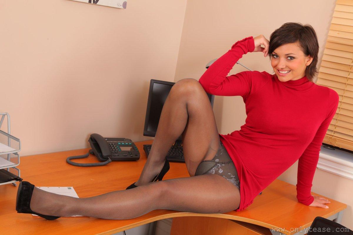 Судороги у секретарши между ног