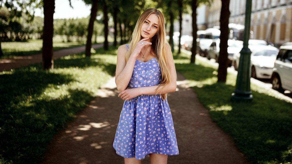Красивые девушки фото в сарафанах — 11
