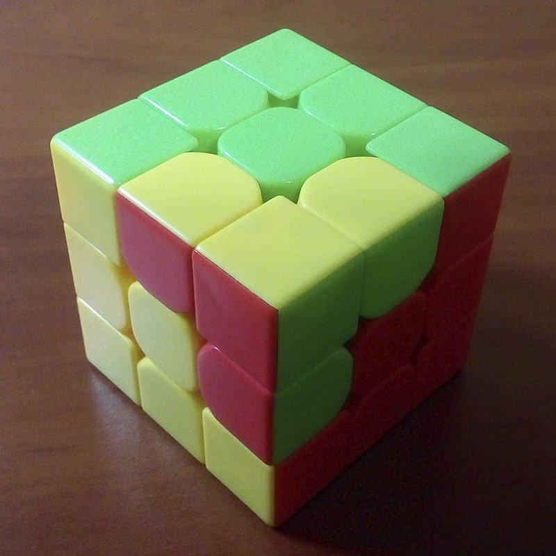 этом видео фото узоров на кубике рубика гости столицы