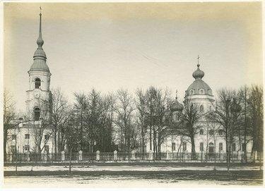 свято-троицкая церковь колпино