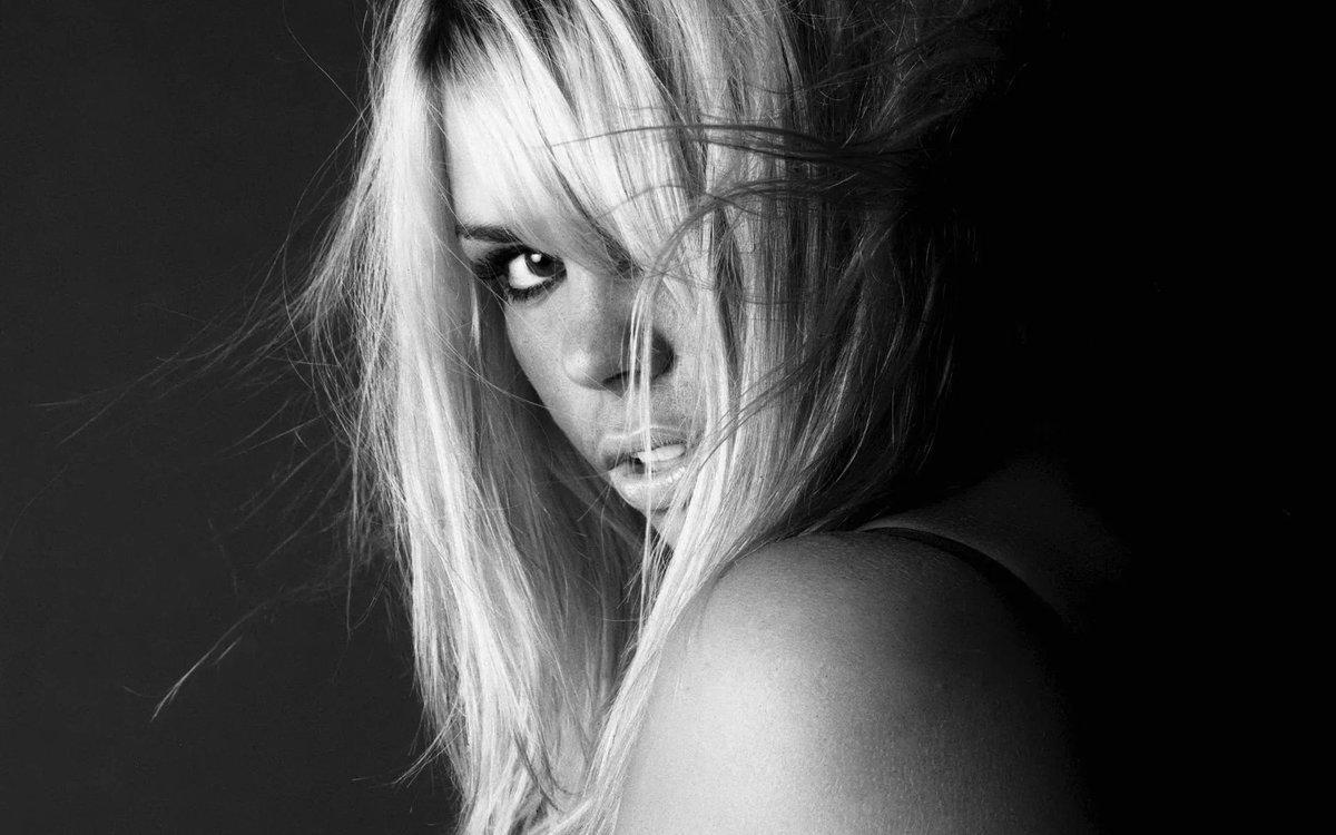 черно-белые картинки девушек блондинок - 8