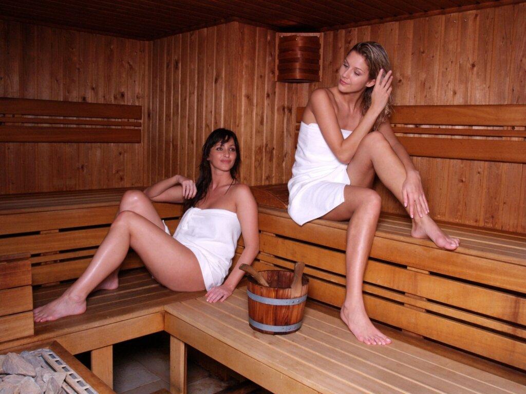 Длинноногая кастинге в бане только девушки фото берниковой