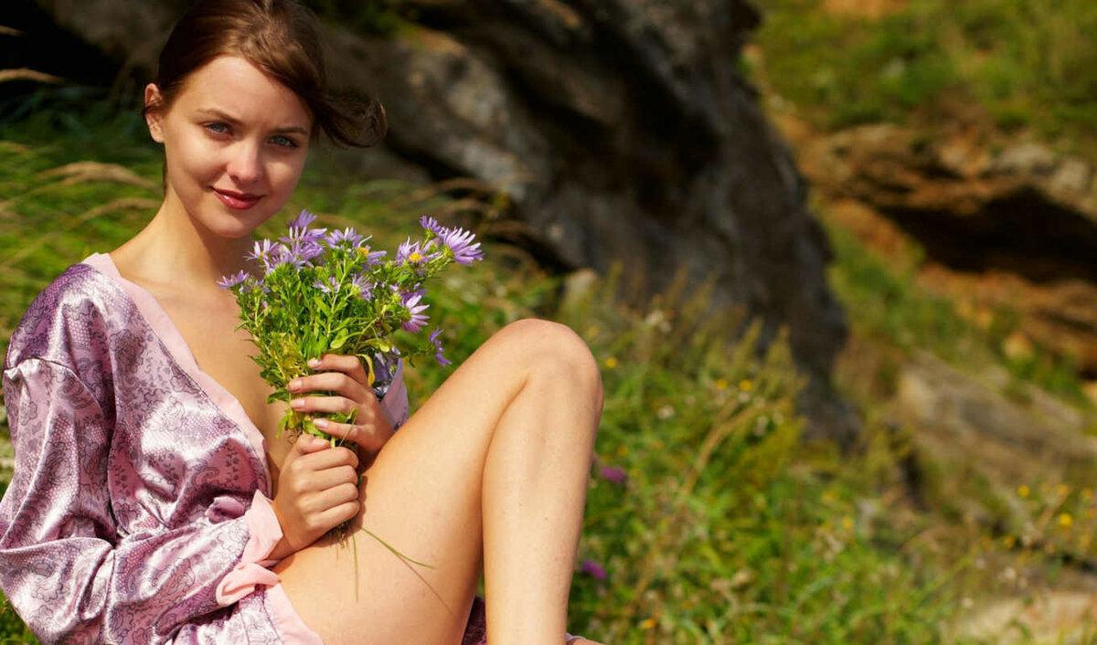 Natural naked girl 15