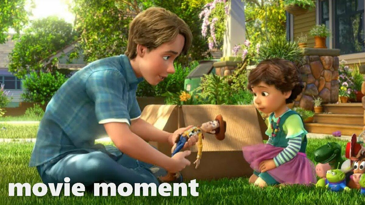 Энди отдает свои игрушки Бони в последний раз играет в них и затем покидает История игрушек Большой побег 2010  Энди отдает игрушки Бони 1010  movie moment  Видео  в HD смотреть БЕСПЛАТНО