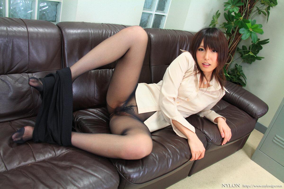 Sexy japanese women in pantyhose
