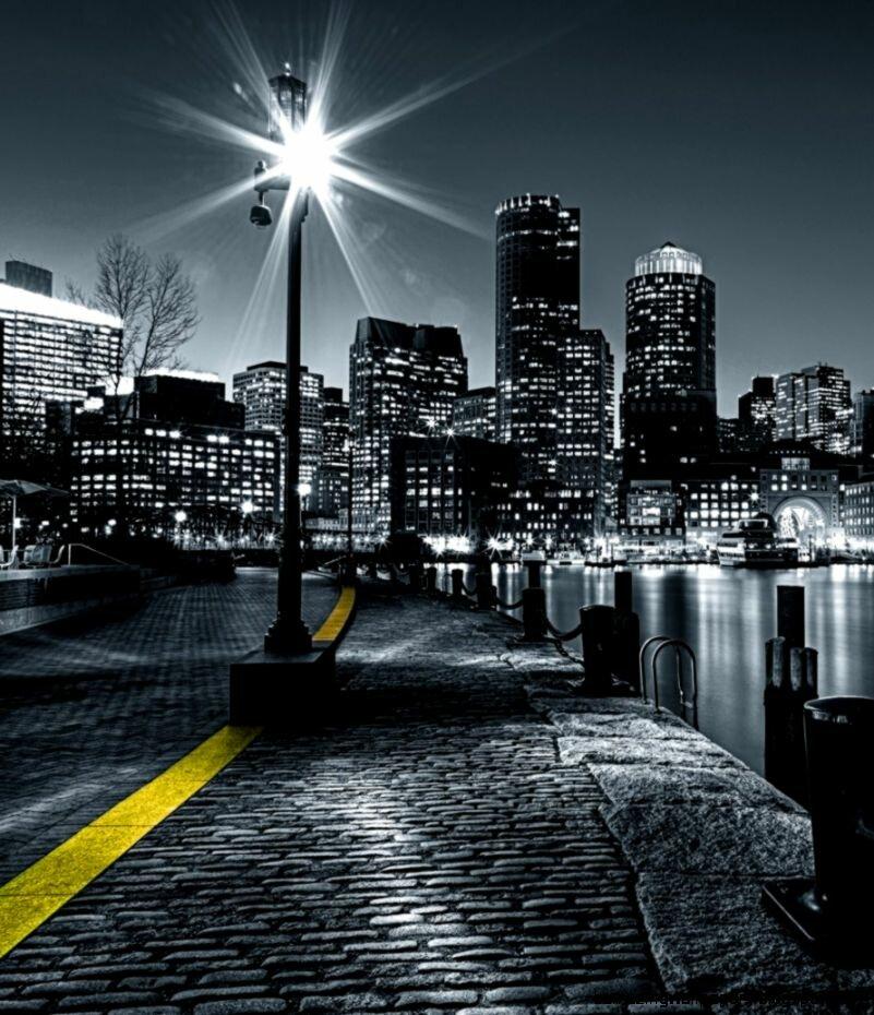 фото очень высокого разрешения город черно красный нами все