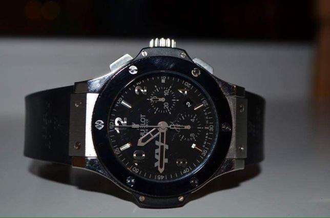 Благодаря стоимости реплик брендовых часов хублот ими может порадовать себя каждый, даже если сегодня приобрести оригинал финансово сложно.