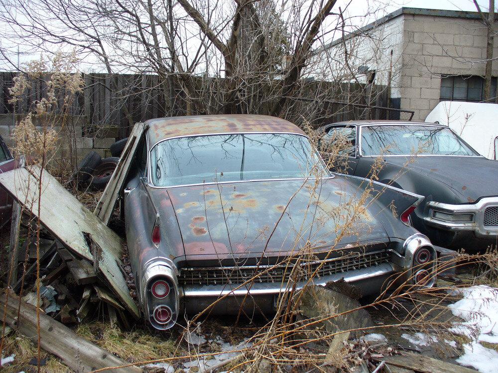 Брошенные машины в россии фото