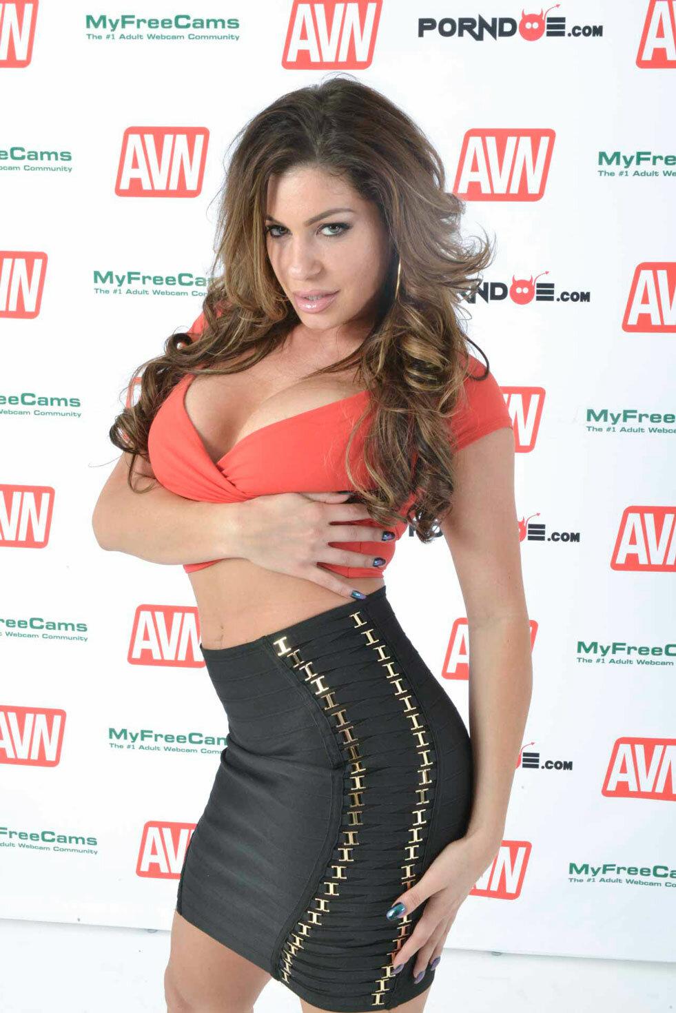 Nikki Capone Nude Photos 7