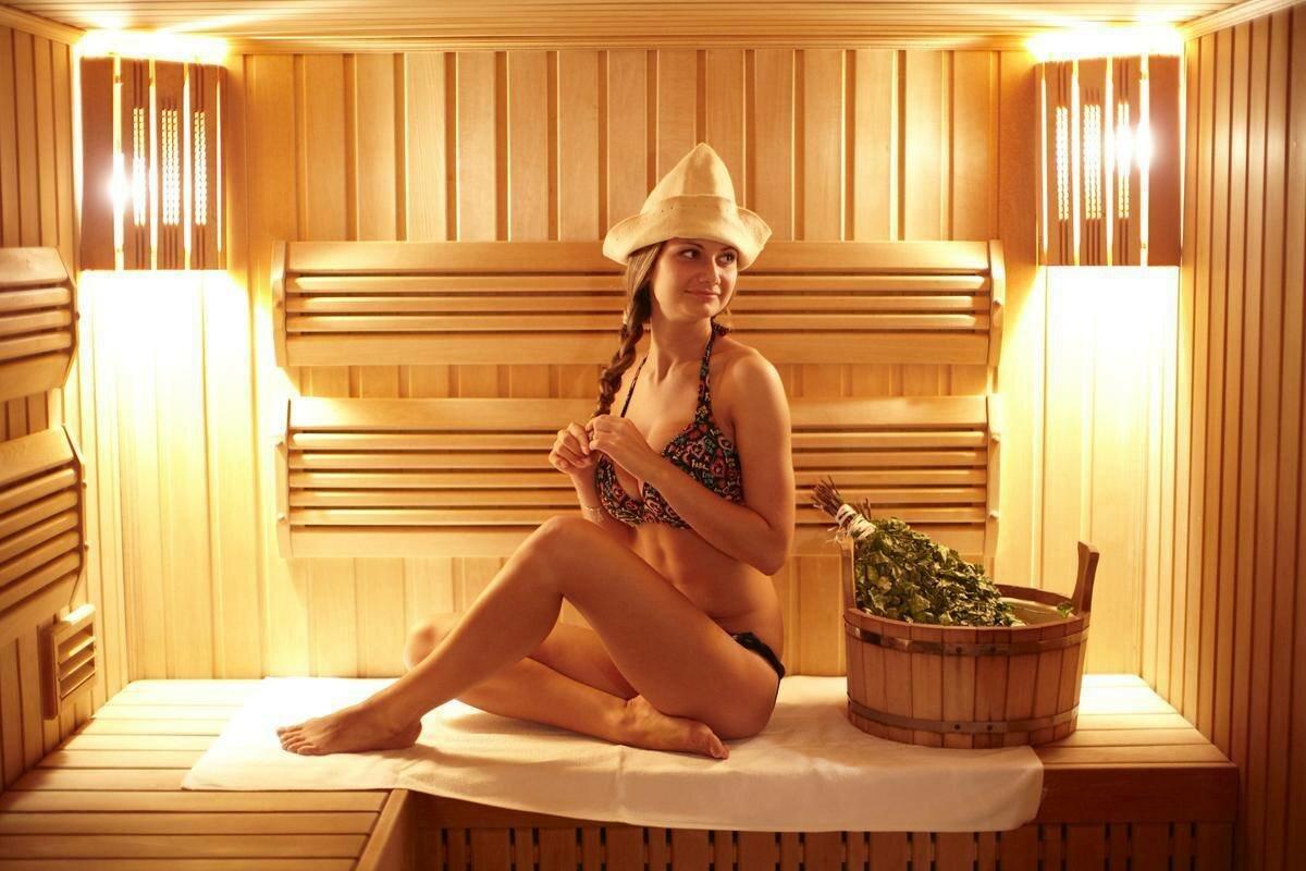 ютуб женщины в бане