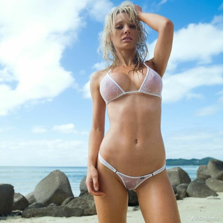 видишь фото девушки на пляже в прозрачных бикини вам понравилось порно