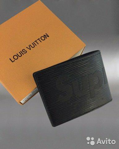 8eb4697fd973 Портмоне Supreme от Louis Vuitton. Женское портмоне от - купить по лучшей  Подробнее по ссылке