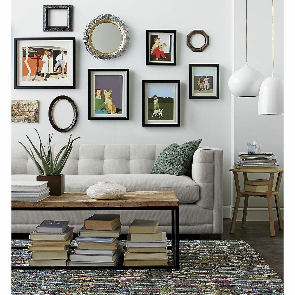 качестве ликбеза, оформление стены над диваном в гостиной фото просматривала