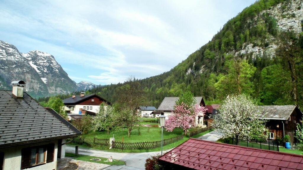 Начинается австрийская весна с равнинных регионов, только затем - в горах