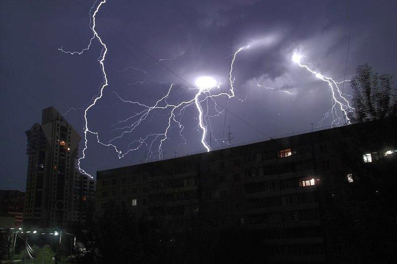 Молнии в Барнауле.